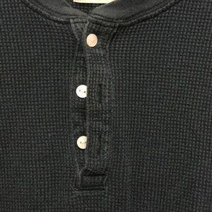 Levi's Shirts - Men's Levi's Henley shirt
